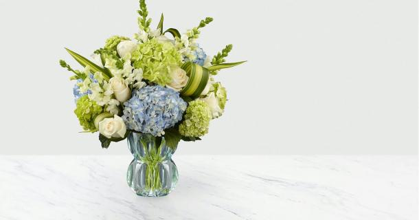 HYDRANGEA & ROSES LOVING REMEMBRANCE