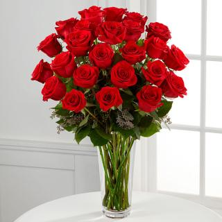 The Long Stem 2 Dozen Red Rose Bouquet For Sympathy